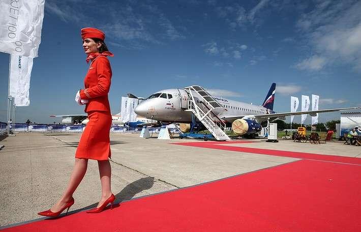 67. ВЭБ, ОАК и «Аэрофлот» заключили договор о передаче в лизинг 20 самолетов SSJ-100 завод, политика, проивзодство, россия, строительство