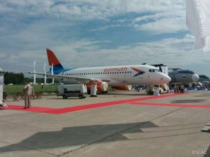 16. Авиакомпания «Азимут» получила второй самолет Sukhoi Superjet 100 завод, политика, проивзодство, россия, строительство