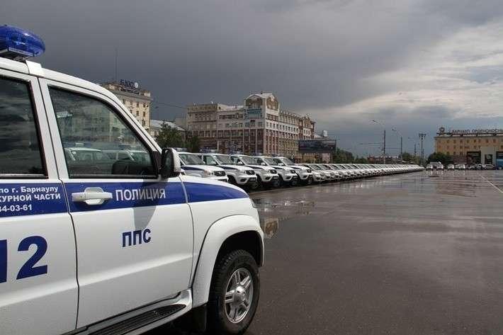 44. Полиция Алтайского края получила 49 новых автомобилей завод, политика, проивзодство, россия, строительство