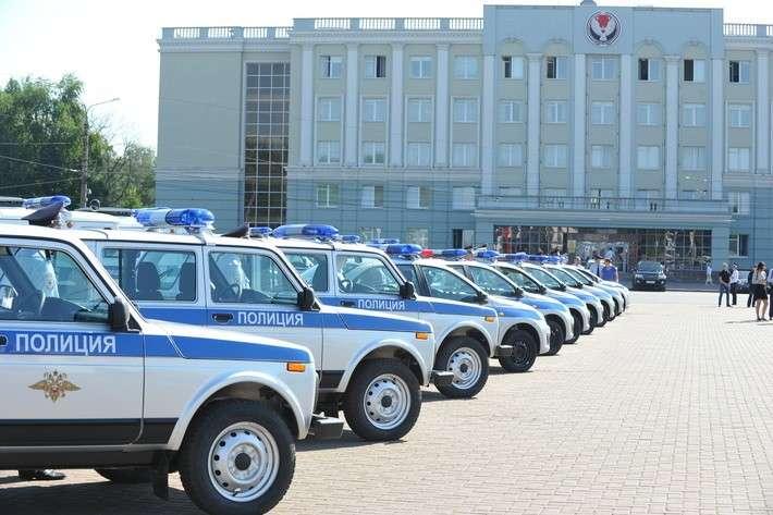 45. Полиция Удмуртии получила 48 новых автомобилей завод, политика, проивзодство, россия, строительство