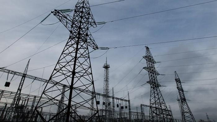Укрохунта прекратила поставки украинского электричества в Донбасс. Что дальше?