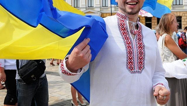 Русофоб! Привыкай быть вторым сортом. Украинского наци изгнали за то, что он русский