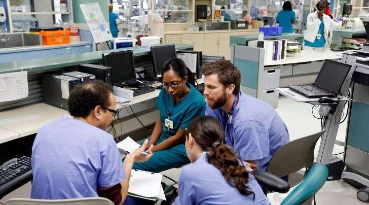 Почему Дональд Трамп не может отменить медстраховку Обамы