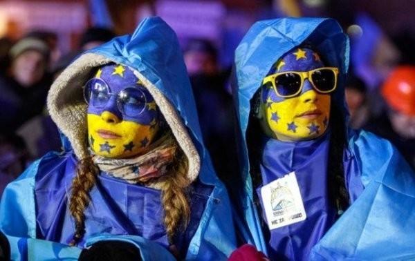 Украинцев отказались пускать в ЕС, невзирая на безвиз. Вот и сказочке конец