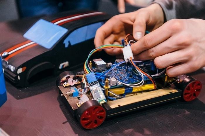 Российские школьники вызвали большой интерес своими изобретениями на выставке в Японии