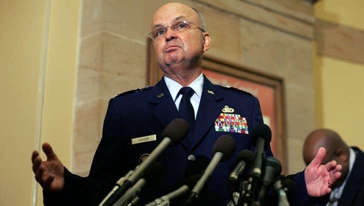 Экс-глава ЦРУ Хайден, наёмник глобалистов, объяснил как контора сливает информацию