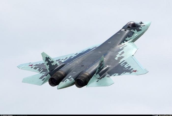 Истребитель ПАК ФА Т-50 в серийном варианте получит официальное наименование Су-57