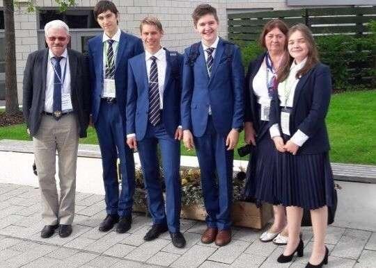 Российские школьники взяли два золота на Международной биологической олимпиаде политика, проивзодство, россия, строительство