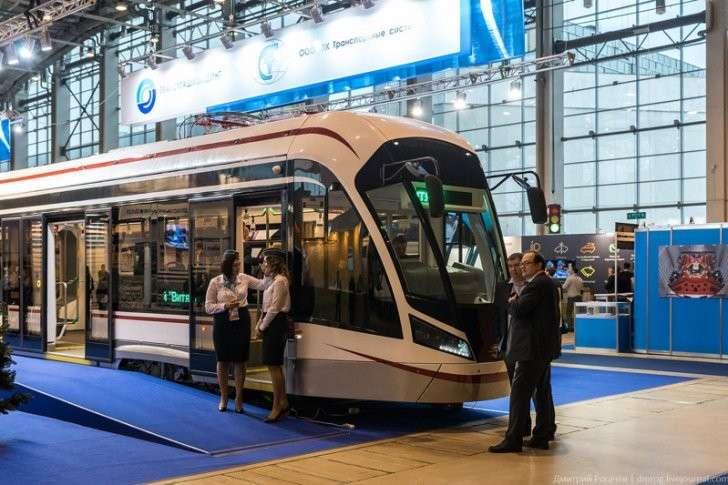 Трамваи «Витязь-М» начали обслуживать в Москве маршруты №11 И 25 политика, проивзодство, россия, строительство