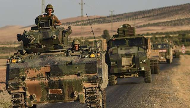 Сирия: турецкие войска вошли на территорию Сирии в районе Кобани