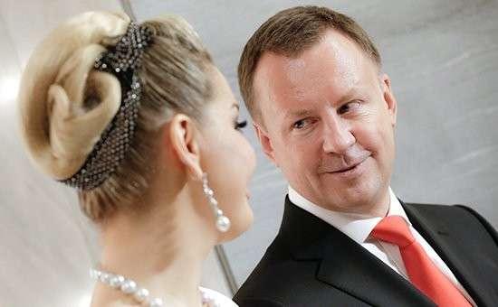 Драгоценности убитого Дениса Вороненкова и его жены Марии Максаковой арестованы судом