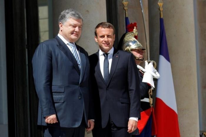 WikiLeaks разоблачило участие Макрона в государственном перевороте на Украине