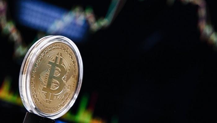Биткоин разделился на два: что будет с рынком криптовалют