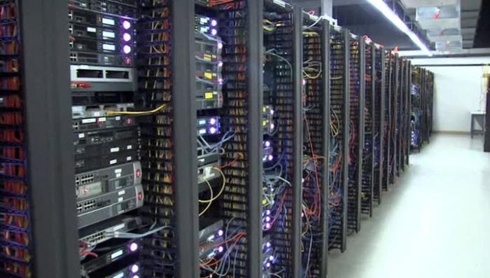 Владимир Путин запретил следователям изымать жесткие диски и серверы на предприятиях