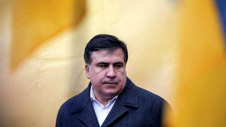 Бомж Саакашвили не может сбежать в США из незалежной