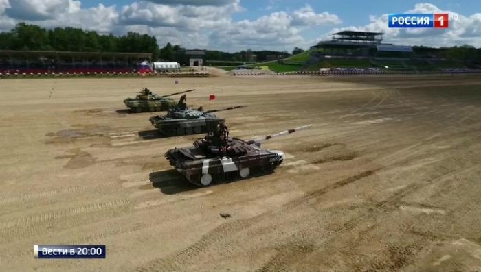 АрМИ-2017: российские экипажи лидируют в танковом биатлоне