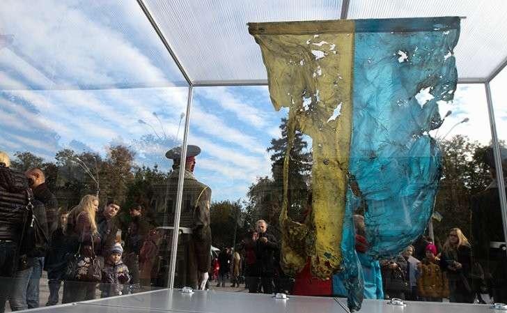 Украина: пузырь пропаганды киевской хунты лопнул от вранья