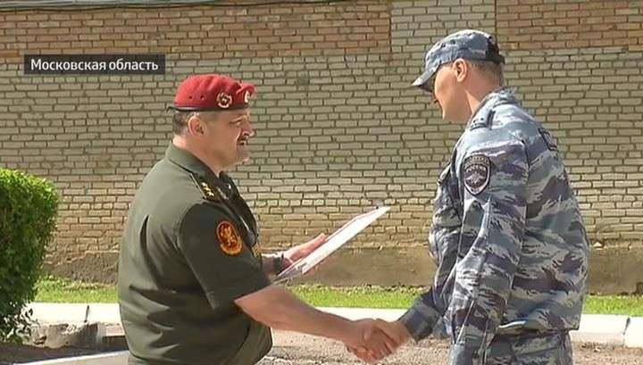 Росгвардейцы, остановившие бандитов ГТА в Мосгорсуде, награждены медалями