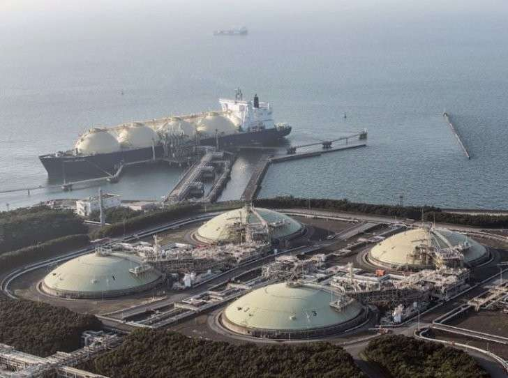 Japan's LNG imports to drop in the next 2 years, IEEJ says