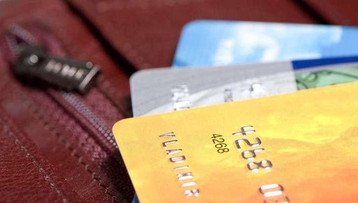 Долг по кредиткам в США превысил