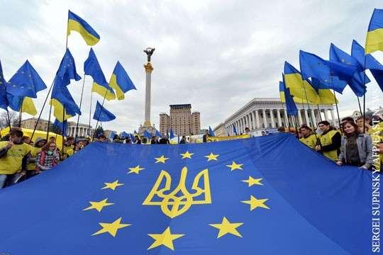 Киевская хунта провоцирует массовый побег населения из Украины
