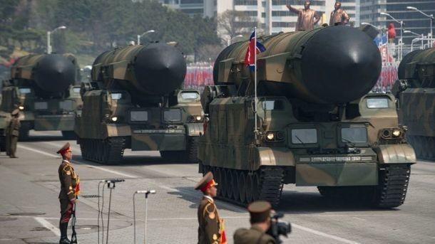 Маккейн посоветовал Трампу не пугать Северную Корею, а то мало ли чего может быть