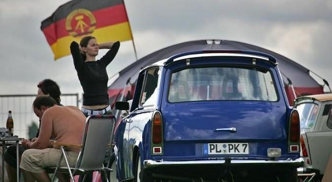 Германия: СССР нас бросил, а западные немцы ограбили и колонизировали