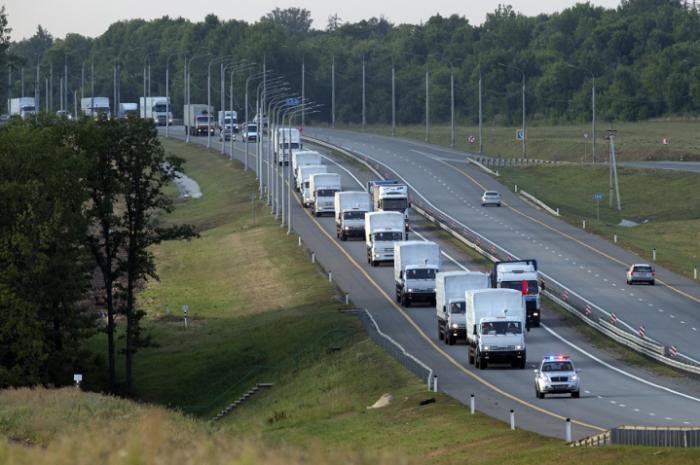 Все КамАЗы из гуманитарного конвоя покинули Украину