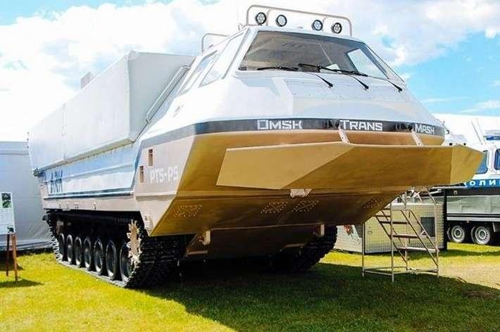 Уралвагонзавод представил новый плавающий транспортер-амфибию