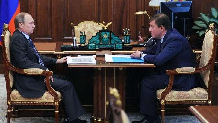 Владимир Путин велел Турчаку отработать жалобы граждан, полученные на «прямой линии»