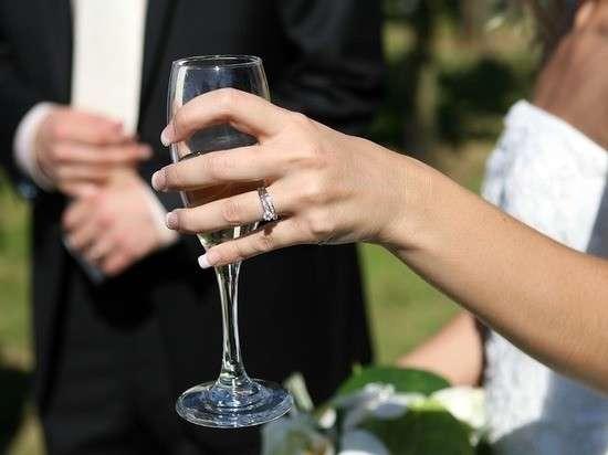 Свадьба дочки судьи: гость торжества за $2млн рассказал подробности