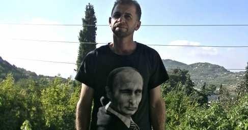 Сирийцы надевают футболки с Путиным: как в истерзанную войной страну наконец приходит мир