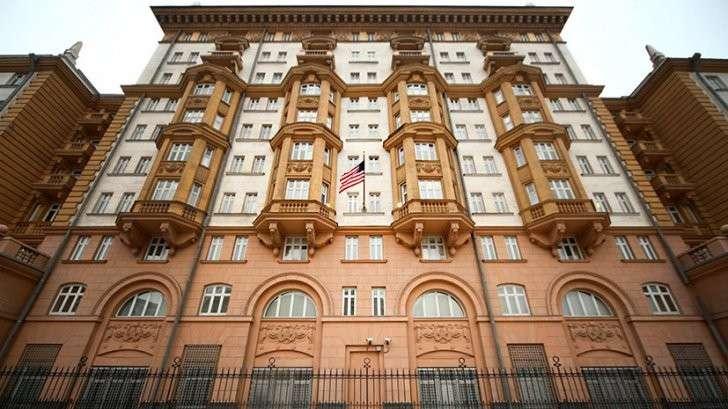 Почему посольство США заблокировало выдачу виз гражданам России