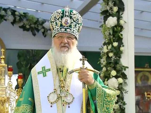 Главный русофоб - Патриарх Кирилл - поздравил вора и бандита Порошенко с праздником