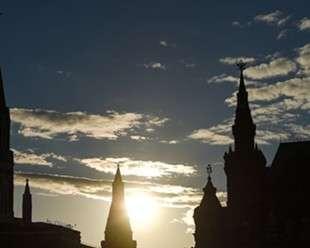 Россия выплатила последний внешний долг СССР. Больше никому не должны