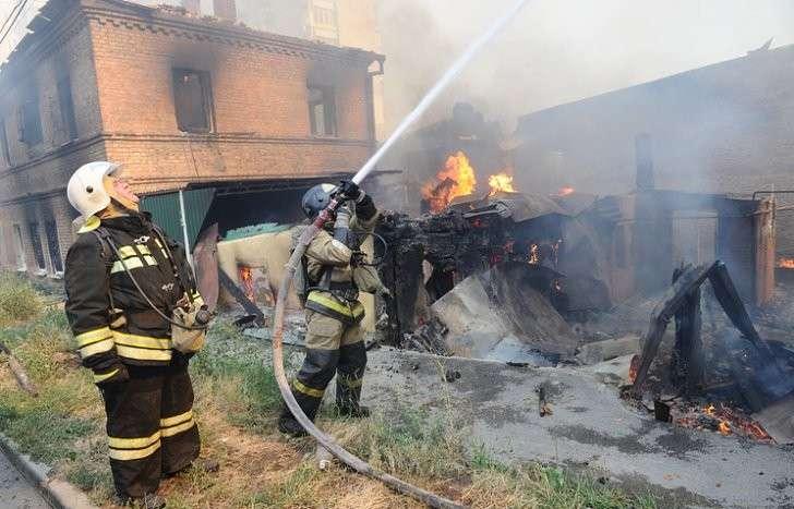 Ростов на Дону: пожар в центре города оставил сотни людей без жилья