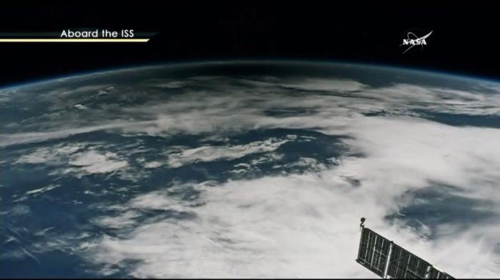 Как выглядело «Великое американское затмение» из самолёта и с борта МКС