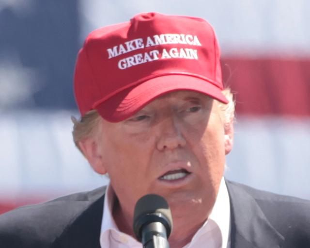 США на пороге гражданской войны или холодной войны с Китаем. Что выберет Трамп?