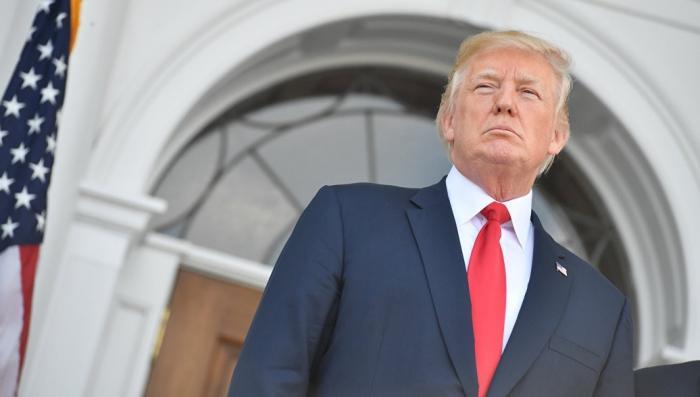 Дональд Трамп обрушился на конгресс, потребовав прекратить саботировать его решения