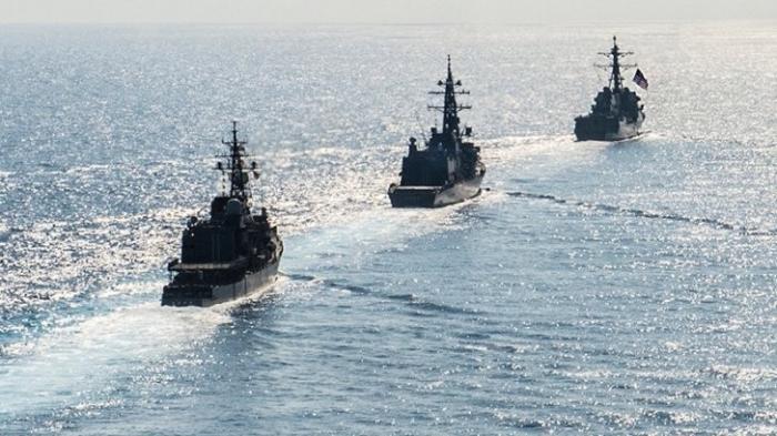 Таран эсминца Маккейн: как серия аварий в ВМС США привела к увольнению командующего флотом