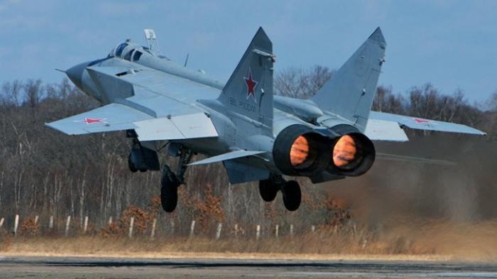 Истребитель МиГ-41: искусственный интеллект на сверхзвуковых скоростях