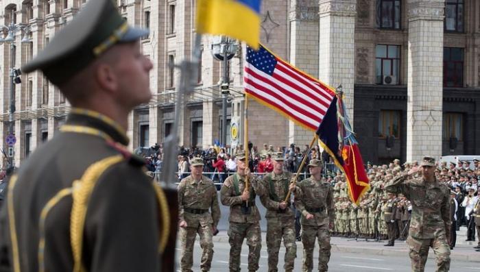 Парад в Киеве чётко показал, кто на Украине сейчас главный