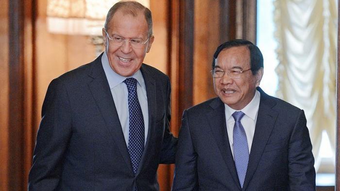 Сергей Лавров и министр иностранных дел Камбоджи Прак Сокхон провели пресс-конференцию