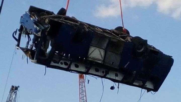 Кубань: число погибших при падении автобуса в море продолжает расти