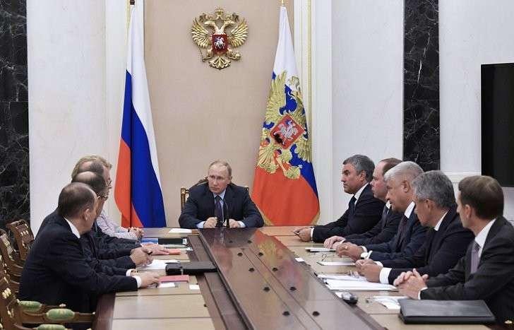 Владимир Путин обсудил с СБ итоги своих международных контактов и предстоящие встречи