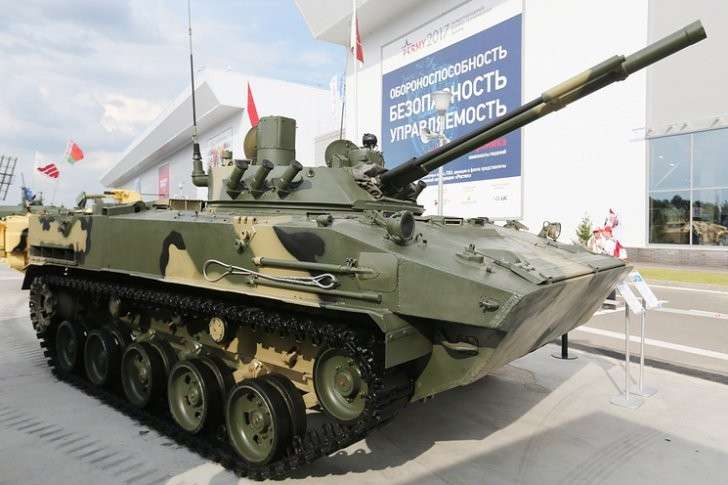 Боевая машина десанта БМД-4М с боевым модулем