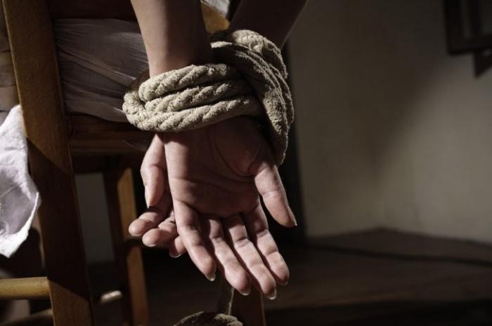 Как похищают людей и продают в интернете