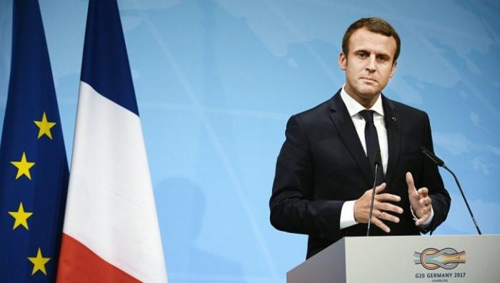 Франция: резкое снижение рейтинга одобрения Макрона показали соцопросы