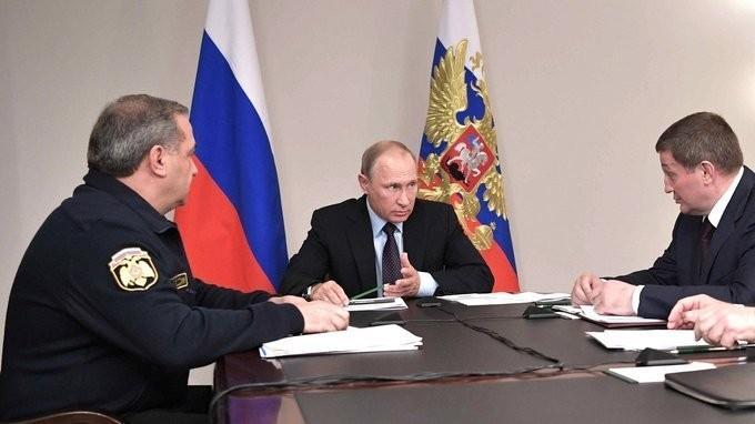 Совещание Владимира Путина о пожарах вРостове-на-Дону иВолгоградской области