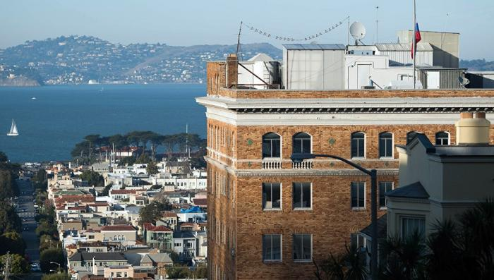 Спецслужбы США проведут обыск в российском генконсульстве в Сан-Франциско